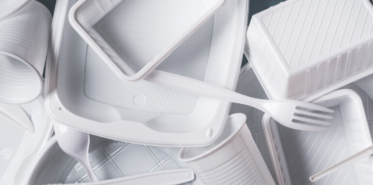 Direttiva europea plastica monouso e plastic tax: come sostenere l'economia circolare